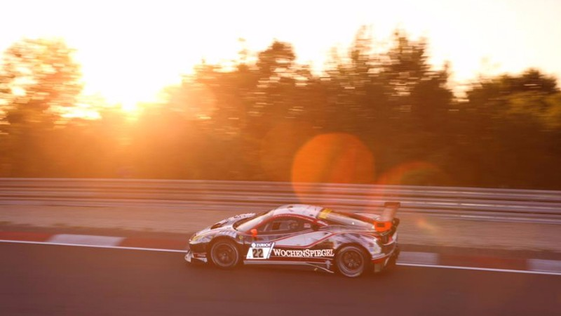 """24 Hours of the Nürburgring – The Wochenspiegel 488 GT3 sets out to conquer the """"Green Hell"""" from pole position"""