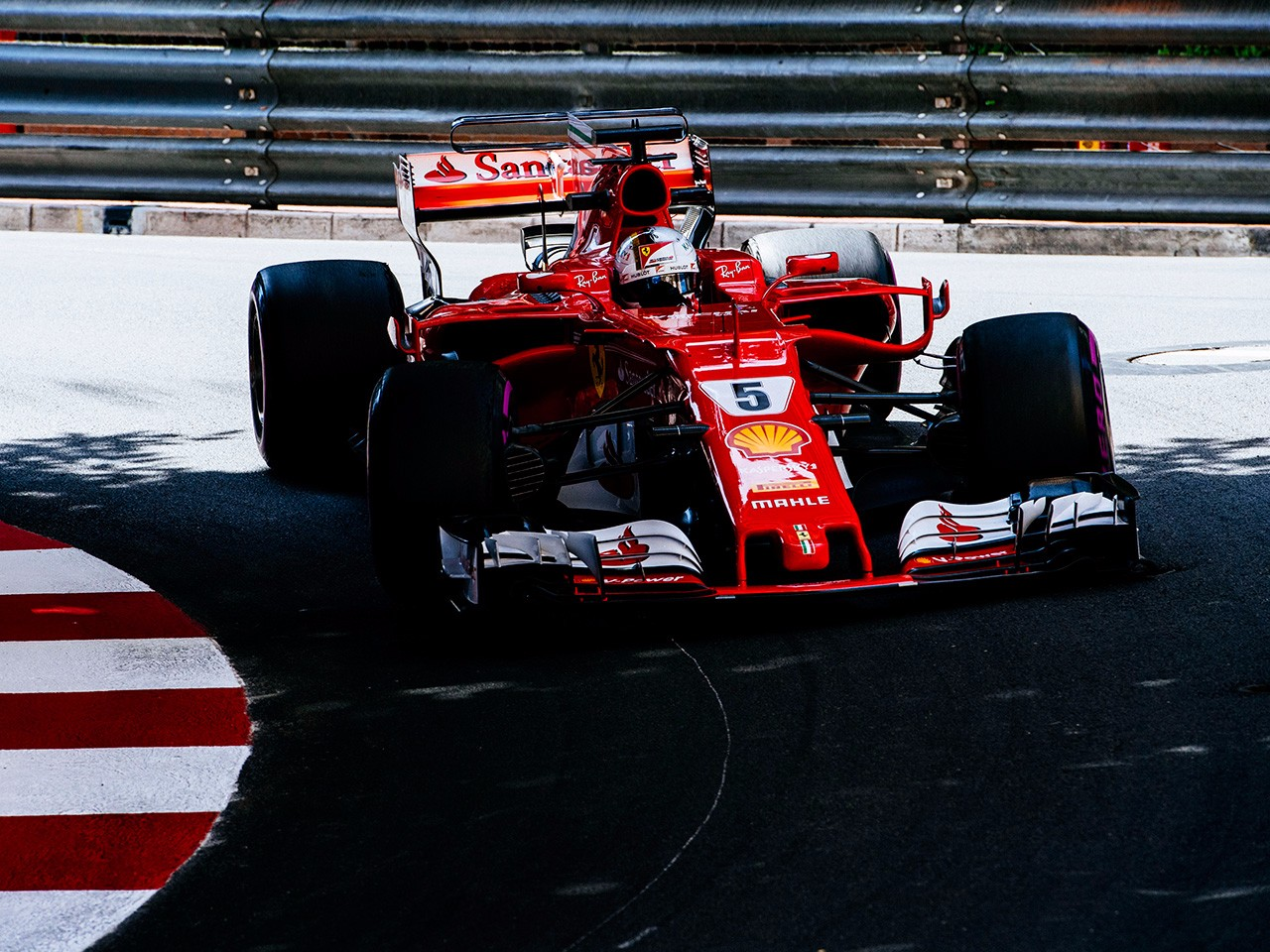 Ferrari in front in FP2